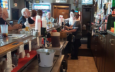 Steph's Corner Pub & Grill