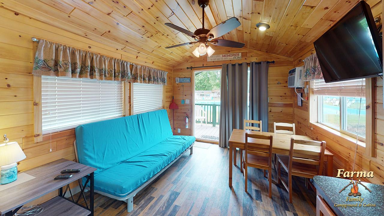 Deluxe Cabin (Sleeps 6) Image # 2